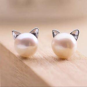 Dainty Kitty Pearl Earrings